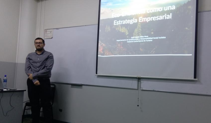 Charla: Eco-eficiencia como una estrategia empresarial